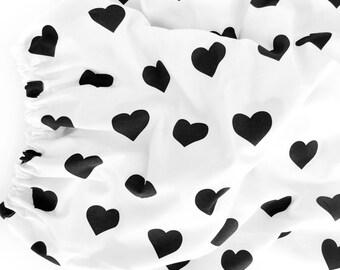 Organic Crib Sheet Black Hearts, Fitted Crib Sheet, Baby Bedding, Crib Bedding, Organic Crib Sheet, Crib Sheets,Black and White