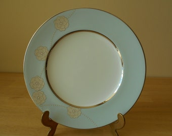 "Royal Doulton 'Enchantment' Fine Bone China Accent Luncheon Plate, 8-7/8"" Diameter"