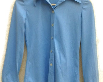 70sPASTEL BLOUSE BLUE Hipster DiscoTop Studio54 stretchy SkinnyFit PointedCollar button up/down longsleeve 1970s vintage blouse /xs s