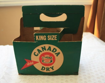 Canada Dry Gingerale soda bottle carrier, pop carrier, Canada Dry box, pop advertising