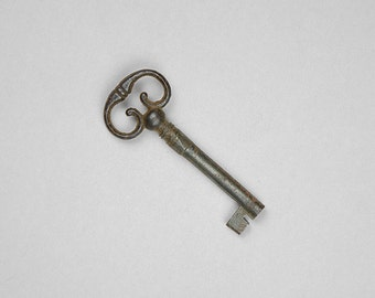 Antique Key, Fancy Bow Barrel Key, Antique Iron Key, Furniture Key, 18th Century Key, 19th Century Key, Furniture Key, Jewelry Supply B25