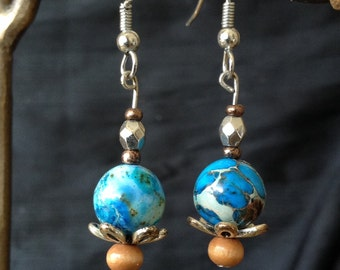 Earthy dangle silver earrings