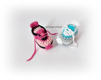 Crochet baby sneakers Baby Converse Baby boy girl sneakers Newborn sneakers baby shoes White gray pink blue baby shoes boy girl sneakers