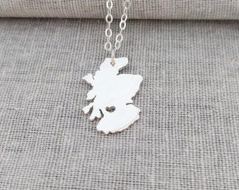 Personalized Scotland Necklace,Scotland Charm Necklace,Silver Scotland Necklace with Heart,Scottish Pendant Necklace,Scotland Map Jewelry