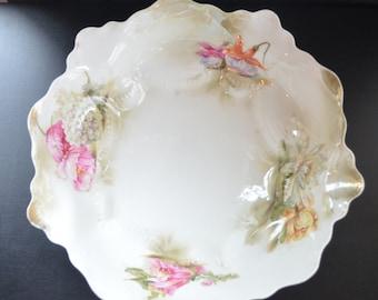 RS Prussia Porcelain Bowl Mold 252 Water Flowers Decoration Art Nouveau Period Cottage Chic Decor