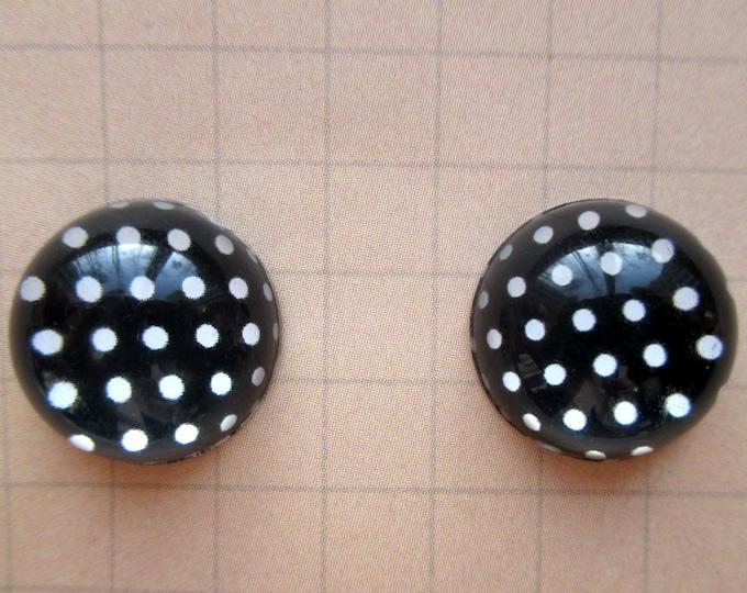 Black and white Polka dot earrings-Cabochon studs-Polka dot studs-Clip on earrings-mom jewelry-Kids-teen-Nickel free-bobby pins-dot earring