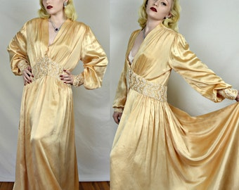 Vintage 1920's/1930's Old Hollywood Silk Dressing Gown
