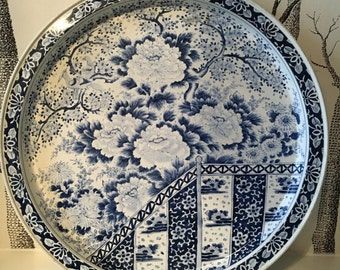 Vintage Chinoiserie Floral Blue and White Metal Platter Serving Tray