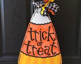 Trick or Treat candy corn door hanger / Halloween