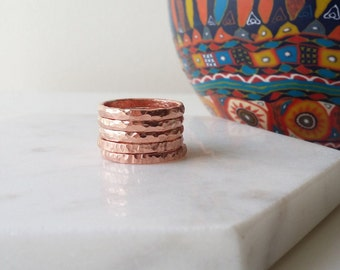 Copper Rings Stackable set of 5. Thin hammered textured rings. Ring stack. Stacking rings.