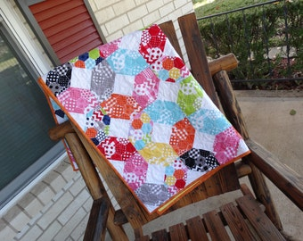 Baby Quilt - Bold and Bright X's and O's