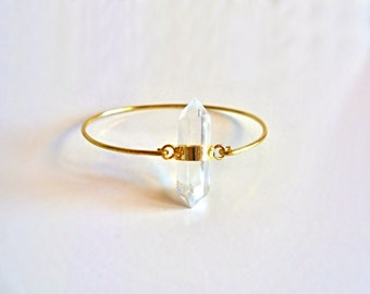Gemstone Bangle // Gold Clear Quartz Bangle Bracelet // 14K gold filled Bangle // Statement Bracelet // Clear Gemstone point bracelet //