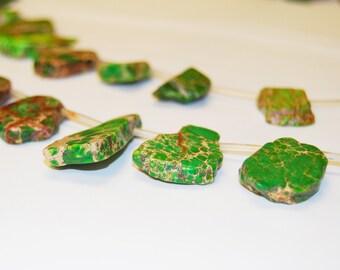 Apple Green Imperial Jasper Piece Natural Gemstone Loose Beads Wholesale.I-IMP-0366