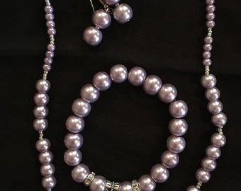 Glass pearls Necklace earrings and bracelet set