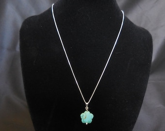 Flower Turquoise Pendant Necklace in Sterling Silver