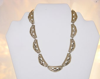 Vintage Germany Eloxal Aluminum Scalloped Necklace (N-1-4)