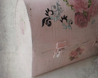 Vintage Shabby Metal Lunch Pail Altered Upcycled Pink Shabby Bohemian Indie Urban Grunge Purse Tote Case. Farm Girl Chic.