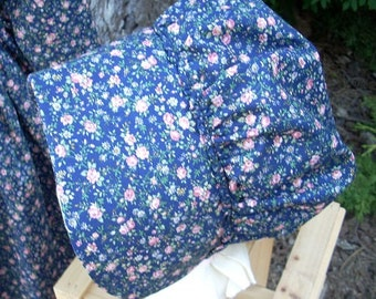 Bonnet Navy with Peach Roses