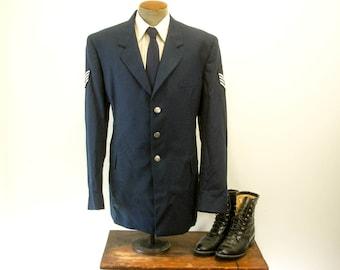 1970s Air Force Uniform Jacket Vintage Mens Navy Blue United States USAF Staff Sergeant Coat / Blazer De Rossi - Size 44 Extra Long (LARGE)