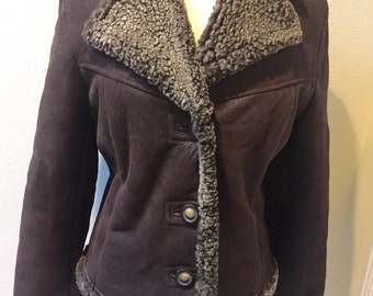 Soft and Warm Brown Suede with Lambswool Lining / Collar / Cuffed Sleeves Jacket by Browns, made in Canada Ladies Size Small P