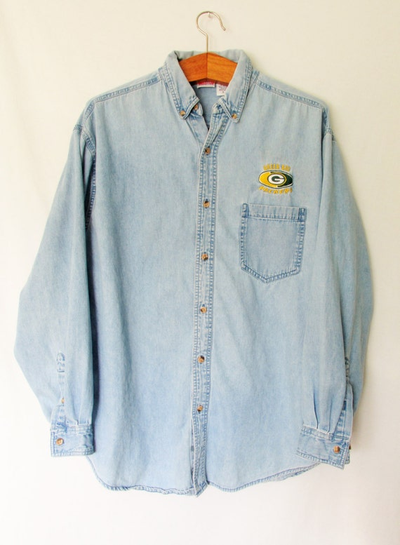 Vintage 1990s green bay packer chambray buttondown shirt sz l for Green bay packers retro shirt