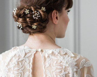 Babies breath and blossom hair pin set, bridal hairpins, flower hairpins, bridal bobbie pins, flower headpiece, bridesmaid, flower girl #213