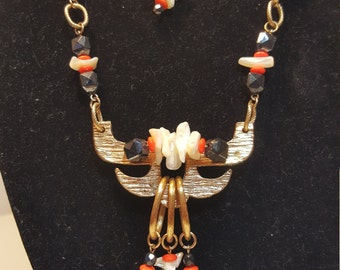 FREE  SHIPPING  Vintage Abstract Couture Necklace