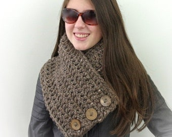 Chunky Boston Harbor Scarf with Buttons in Barley Crochet scarf