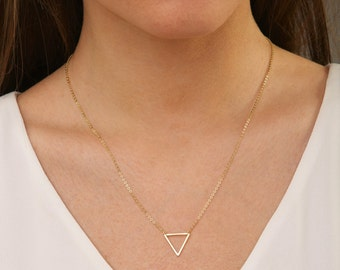 Small Gold Triangle Necklace , FLOATING TRIANGLE Necklace, Minimal, Delicate Necklace , Gold Triangle 14k Gold Filled, Valentines Day