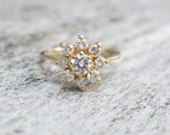 Vintage Floral Flower 14K Yellow Gold Round Brilliant Diamond Ring Engagement Ring
