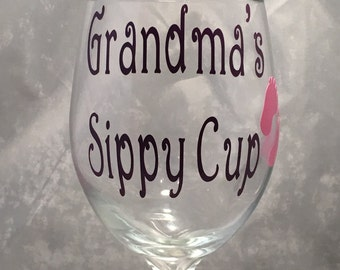 Grandma's Sippy Cup Wine Glass - Grandmother Wine Glass- 20oz. Grandparent's Wine Glass -Grandparents Wine Glass Gifts