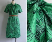 Vintage 80's Bright Kelly Green Graphic Print Pussy Bow Secretary Dress S or M
