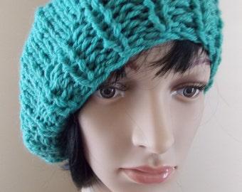 Mint Green Beret, sage green tam hand knit from mothproofed wool, wintergreen hat, green beret, moss colored gun moll hat