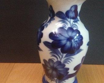 vintage blue and white floral vase