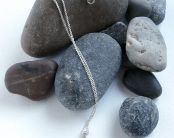 E Necklace - Vintage Jewellery - Sterling Silver - Initial Necklace