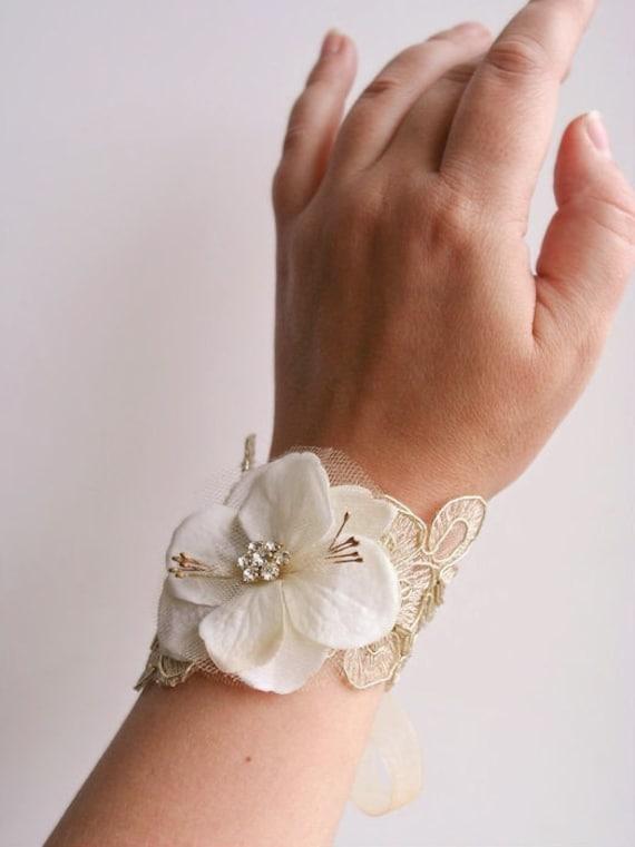 Bridal Flower Bracelet : Bridal flower wrist corsage wedding floral bracelet prom