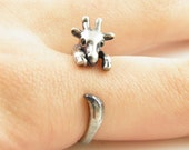 Animal Giraffe Wrap Silver Cute Realistic Band Statement Ring in Antique Silver