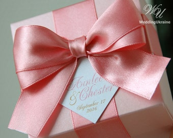 Light pink wedding favor gift box with Blush satin ribbon, bow & names - Custom personalized design wedding favor boxes Wedding welcome gift