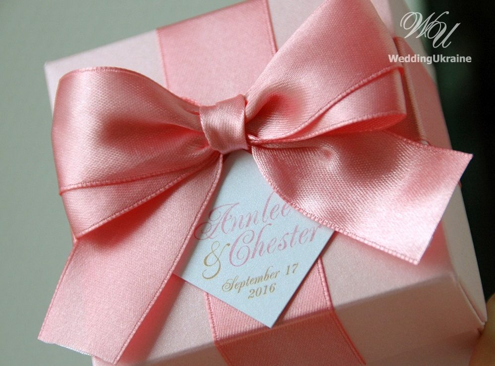 Favor Gift Boxes: Light Pink Wedding Favor Gift Box With Blush Satin Ribbon Bow