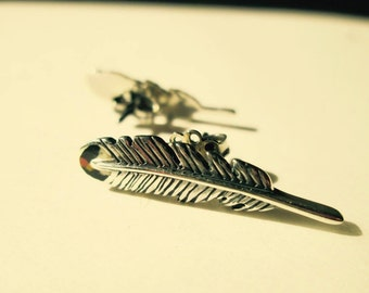 Native-american inspired feather earrings