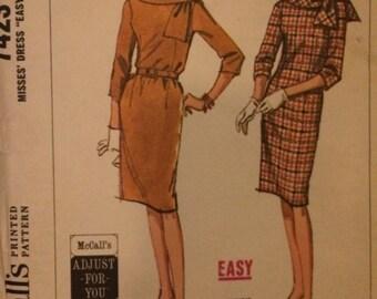 Vintage McCalls Easy and Elegant Dress Pattern 7423