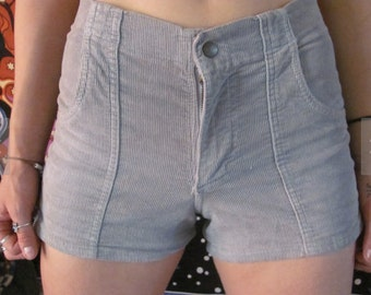 80s Grey High Waisted Corduroy Shorts OP style