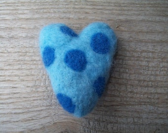 Needle felted heart brooch