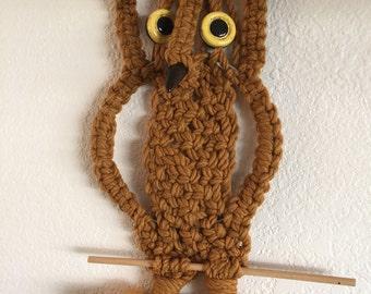Vintage macrame owl wall hanging 1970 decoration