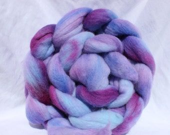 RTS Hand dyed merino roving, Purple / blue roving, merino wool roving, commercial top, spinning fiber, spinning fibre 4 oz
