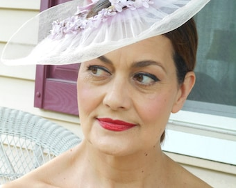 Beautiful Lilac/Light Purple 1940's Open Crowned Tilt Hat