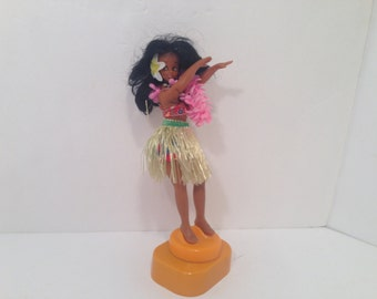 "Vintage Hawaiian.Hula Girl.Polynesian Rubber Doll.Figurine.Music Box Plays""Aloha""Song.Hula/Grass Skirt With Lei.Korean Dancer"
