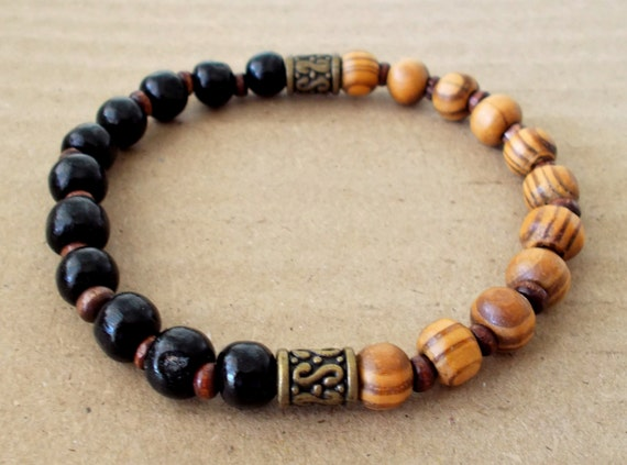 men 39 s burly wood and black wooden beaded stretch bracelet. Black Bedroom Furniture Sets. Home Design Ideas
