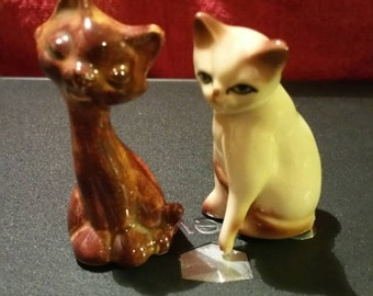 Cat Figurines set of 2