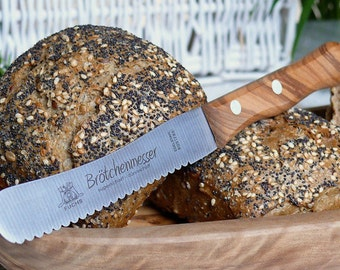 Bread knife with olive wood handle